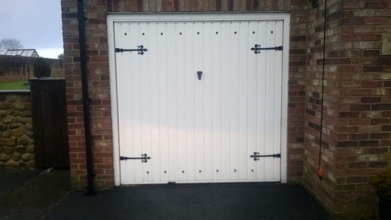 Teckentrup ribbed insulated sectional door (Before)