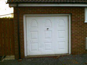 Blue Single Skin Roller Garage Door (Before)