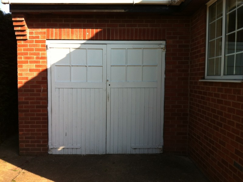 Sectional Garage Door (Before)