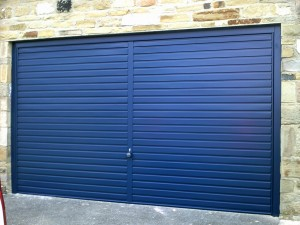 Steel Blue Garador Rectracable Garage Door (After)